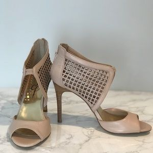 Jessica Simpson nude caged heels size 7.5!